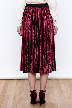 THINK CLOSET Very Velvet Skirt - Alternate List Image