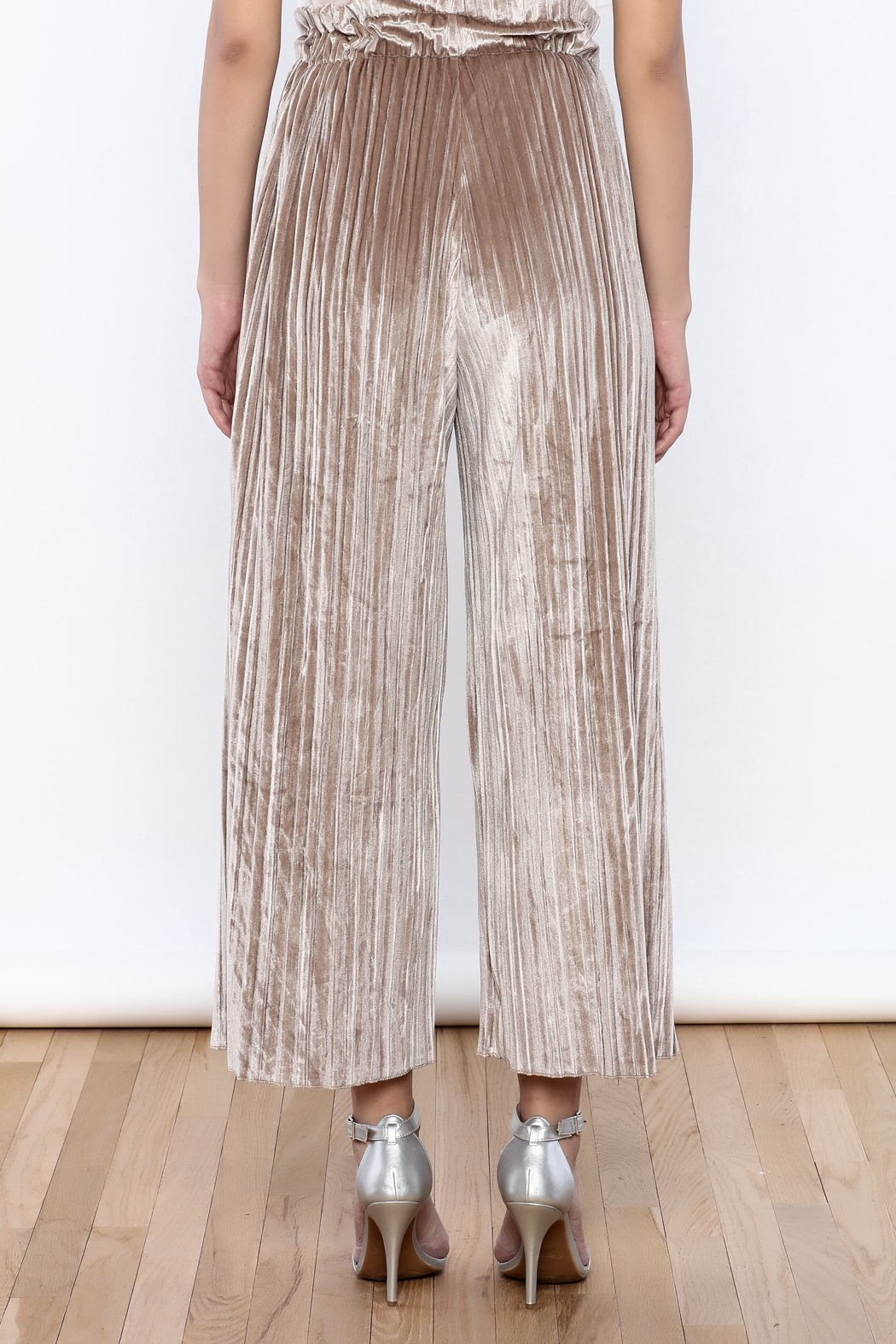 THINK CLOSET Wide Leg Velvet Pants - Back Cropped Image