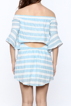Thml Daisy Off The Shoulder - Alternate List Image