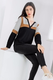THML Clothing Color Blocked Top - Side cropped