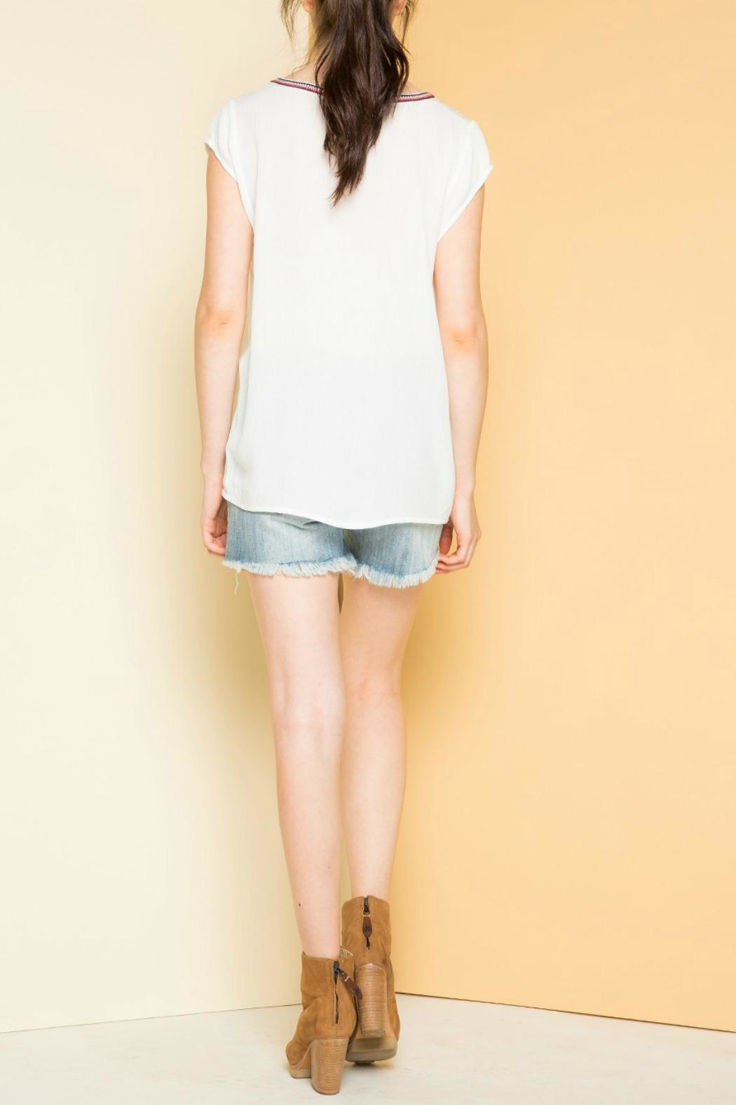 THML Clothing Embroidered Cap Sleeve Top - Side Cropped Image