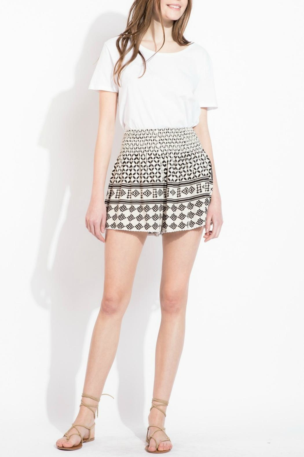 THML Clothing Geometric Printed Shorts - Front Cropped Image