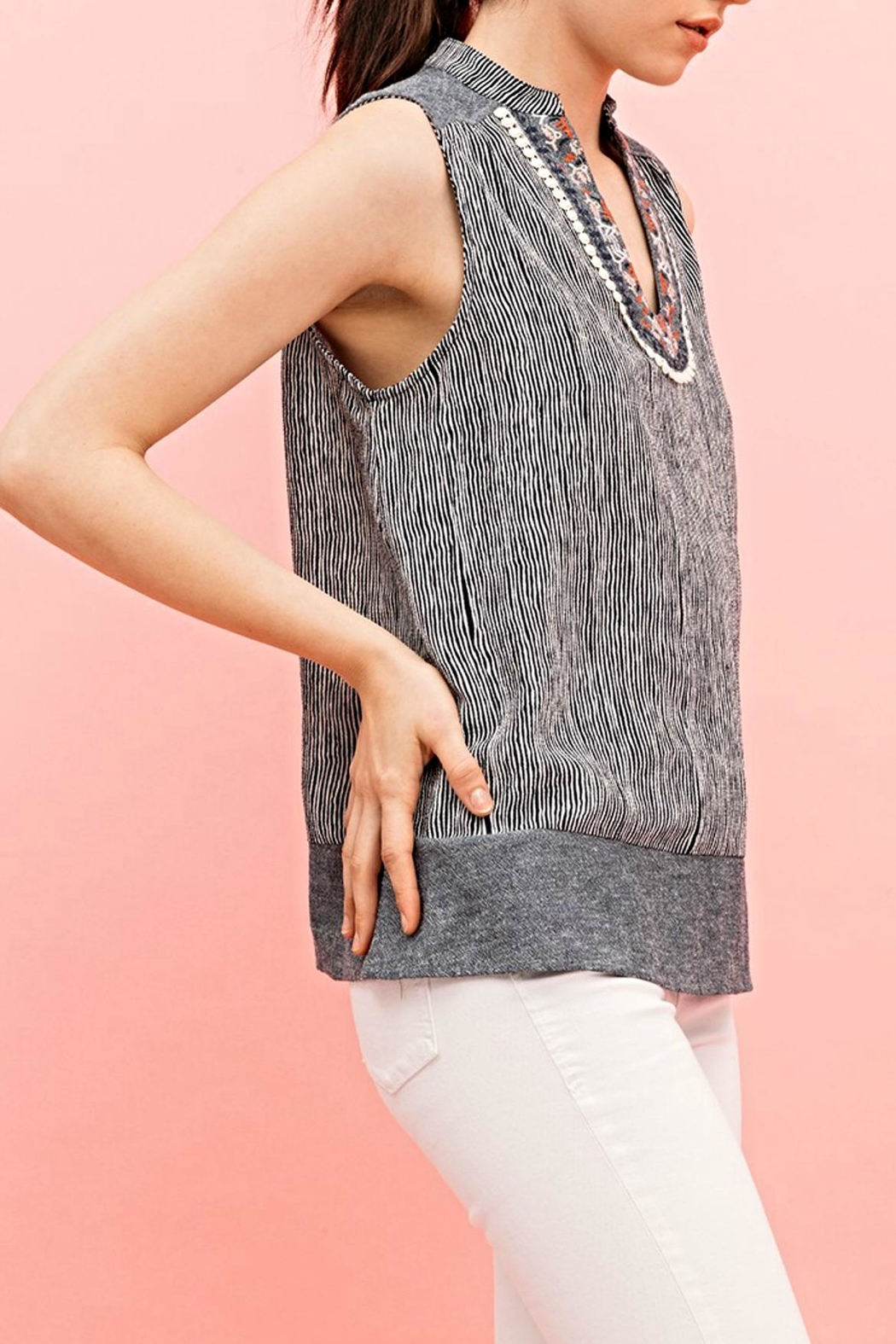 THML Clothing Montclar Sleeveless Top - Front Full Image