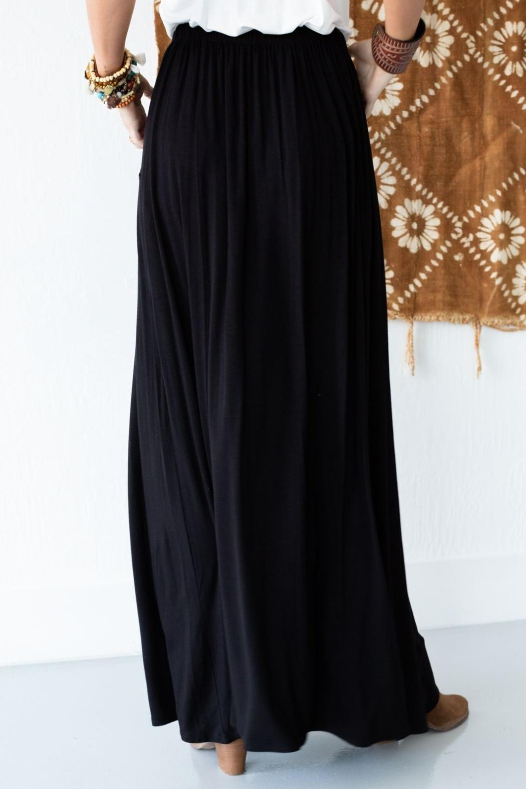 Three Bird Nest Maxi Skirt With Pockets - Side Cropped Image