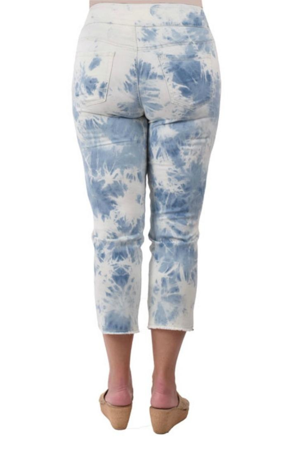 True Blue  Tie-Dyed Capri's - Side Cropped Image