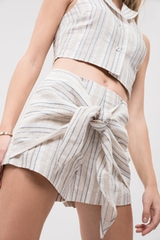 J.O.A. Tie Front Shorts - Back cropped