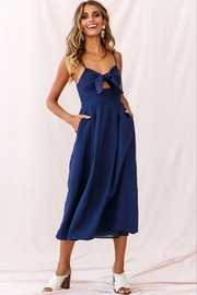 Selfie Leslie Tie-Knot Bust Dress - Front full body