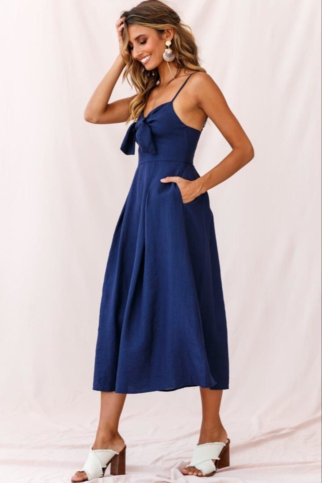 Selfie Leslie Tie-Knot Bust Dress - Side Cropped Image