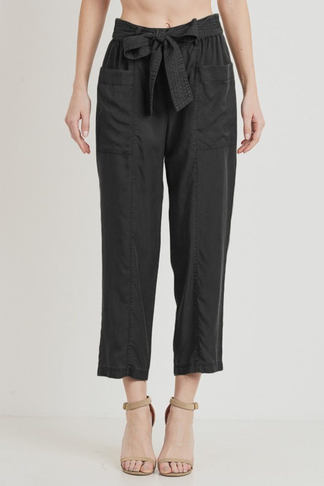 R+D  Tie Pant with Pockets - Front Cropped Image