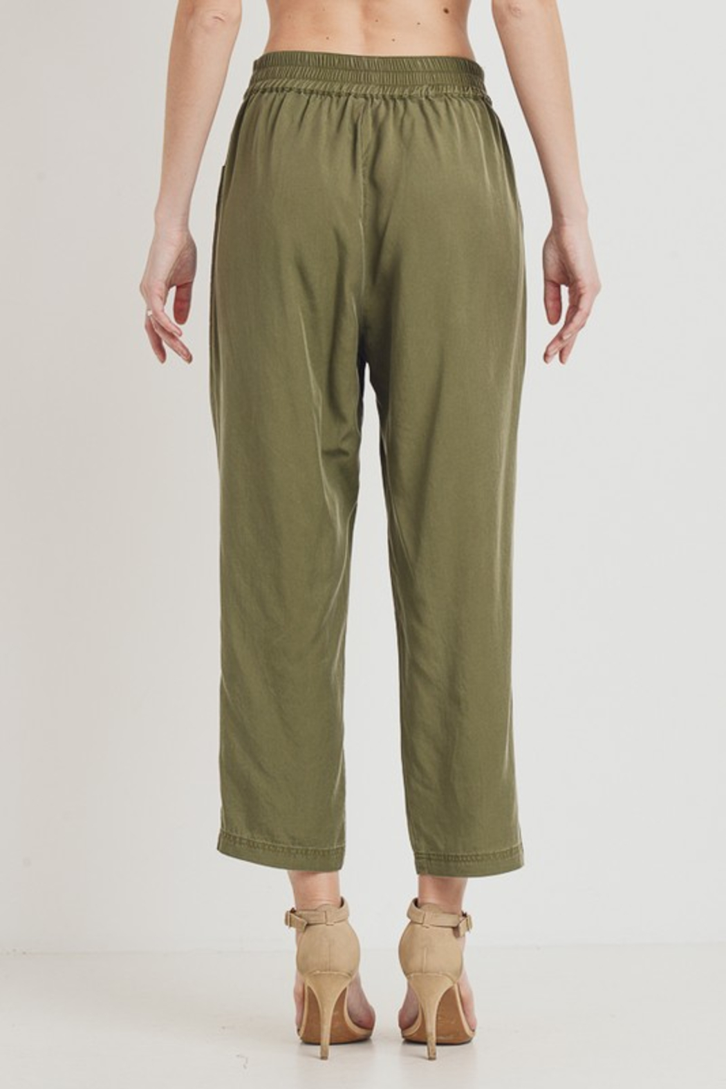 R+D  Tie Pant with Pockets - Side Cropped Image