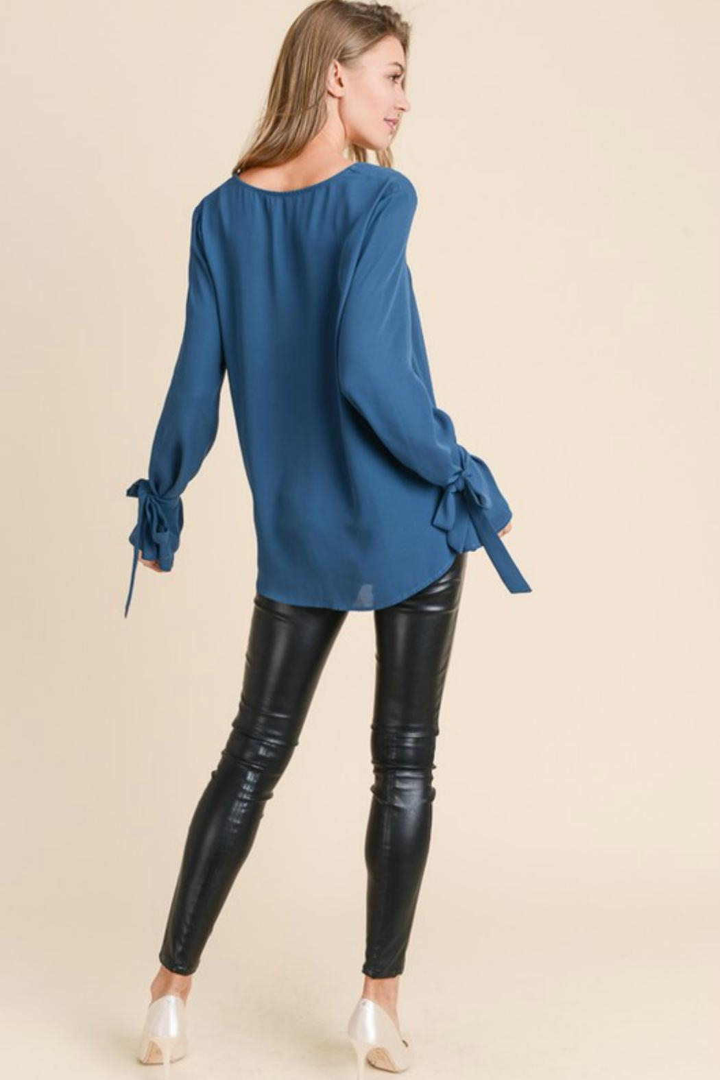 Towne Tie Sleeve Blouse - Side Cropped Image