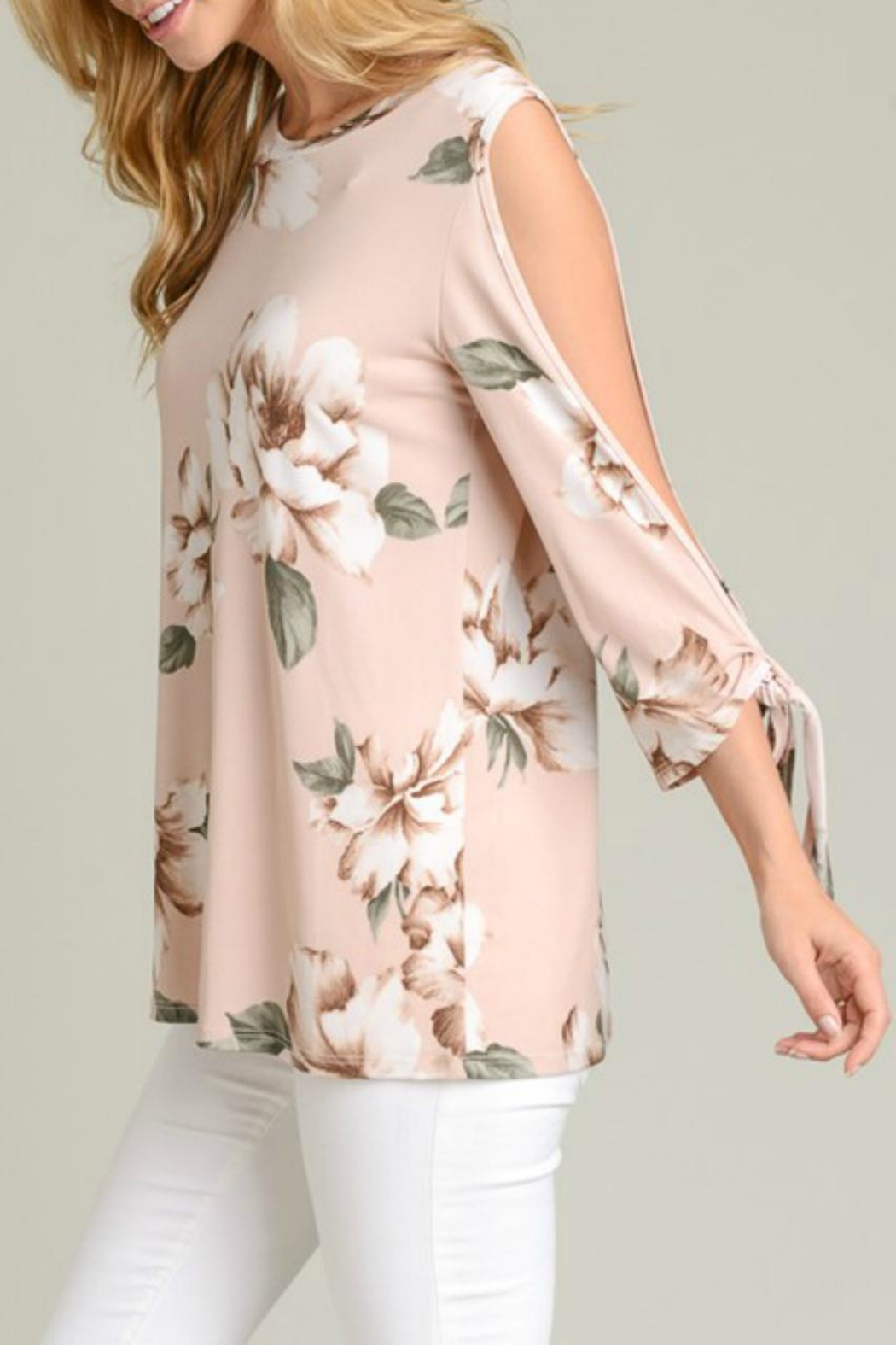 vanilla bay Tie-Sleeve Floral Tunic - Front Full Image