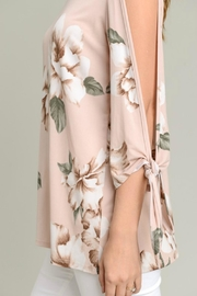 vanilla bay Tie-Sleeve Floral Tunic - Back cropped