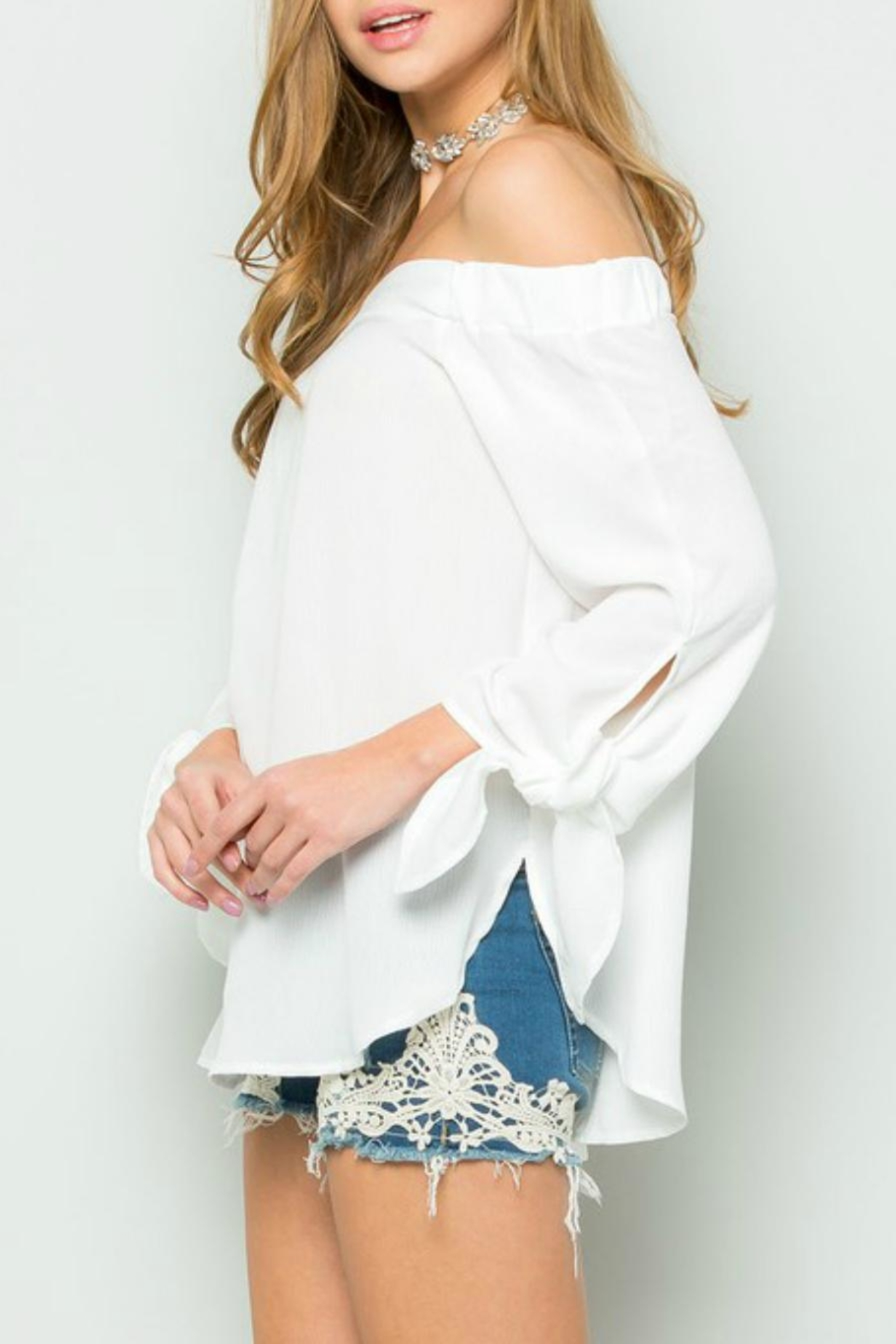 ee:some Tie-Sleeve Off-Shoulder White-Must-Have - Front Full Image