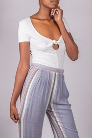 Love Tree Tie Top White - Side cropped