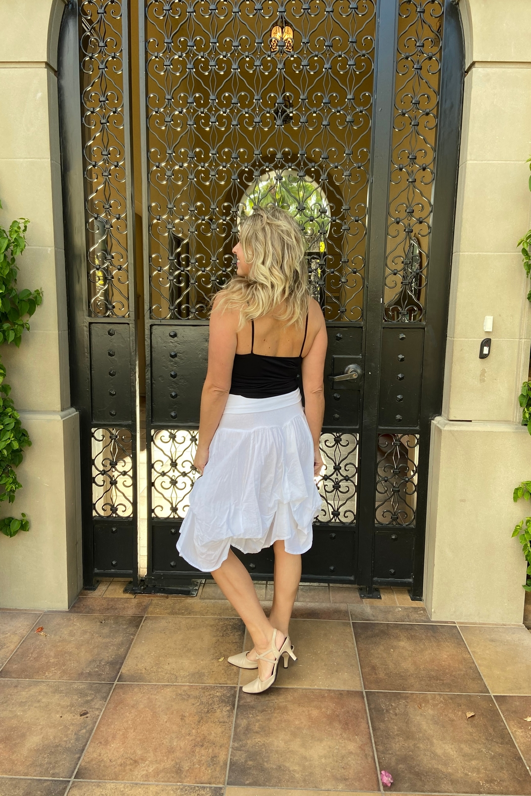 Apparel Love tie-up white cotton skirt - Side Cropped Image