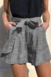 The Emerald Fox Boutique Tie Waist Casual Linen Shorts with Pockets - Product Mini Image