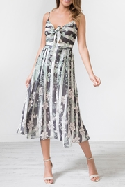 Urban Touch Tiefrontstrap Mixprint Mididress - Product Mini Image