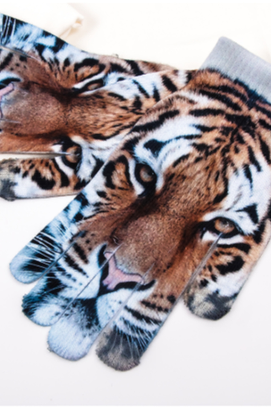 Bella Bella  Tiger Gloves - Main Image