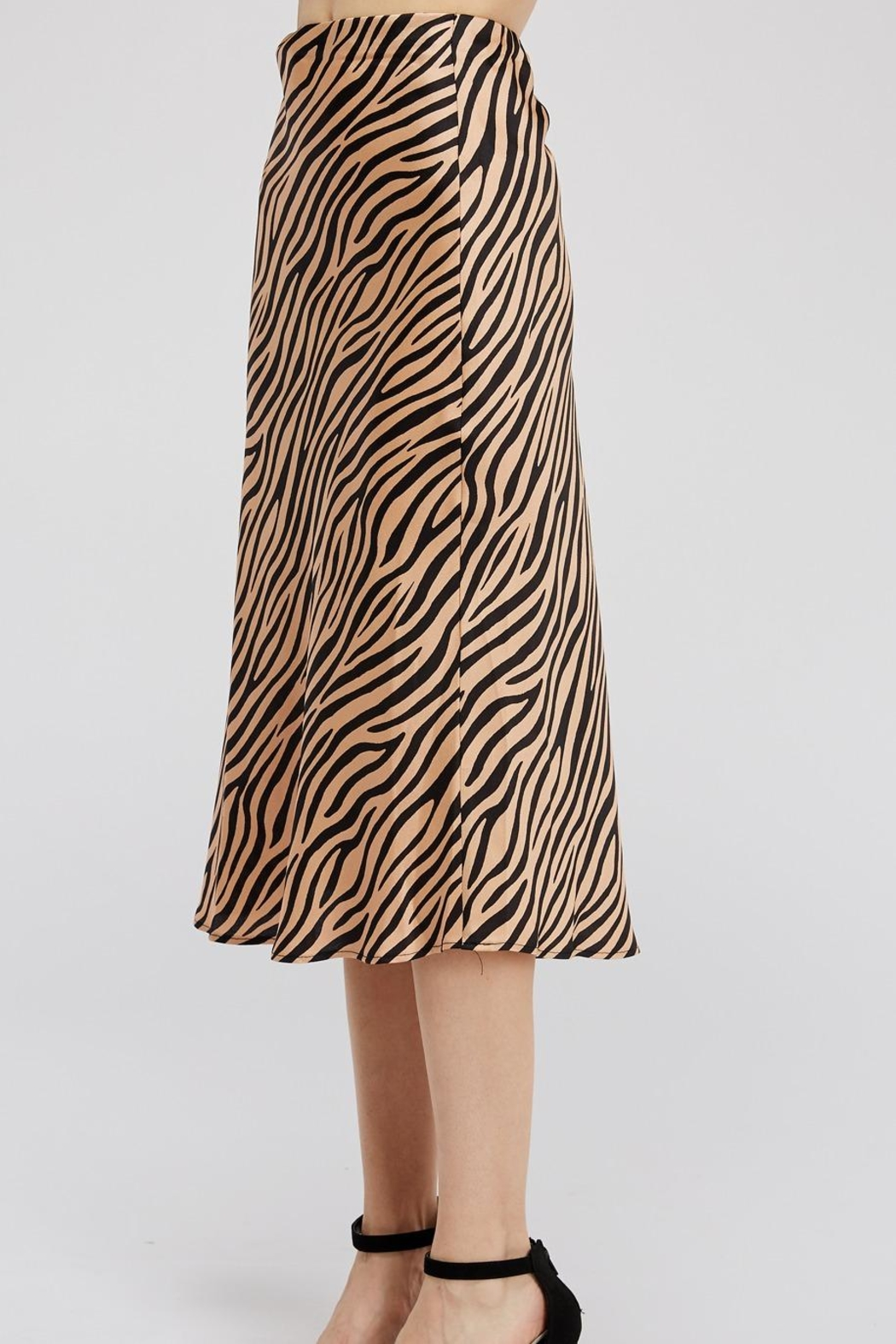 Renamed Clothing Tiger-Print Midi Skirt - Side Cropped Image