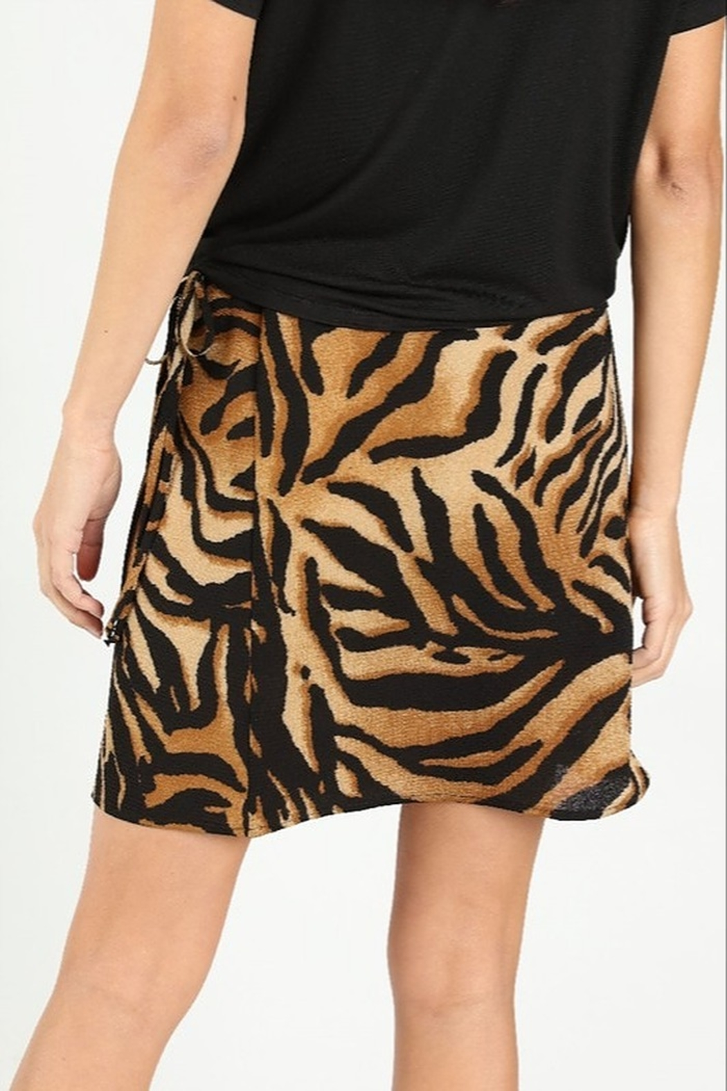 Wild Honey Tiger Print Skirt - Side Cropped Image