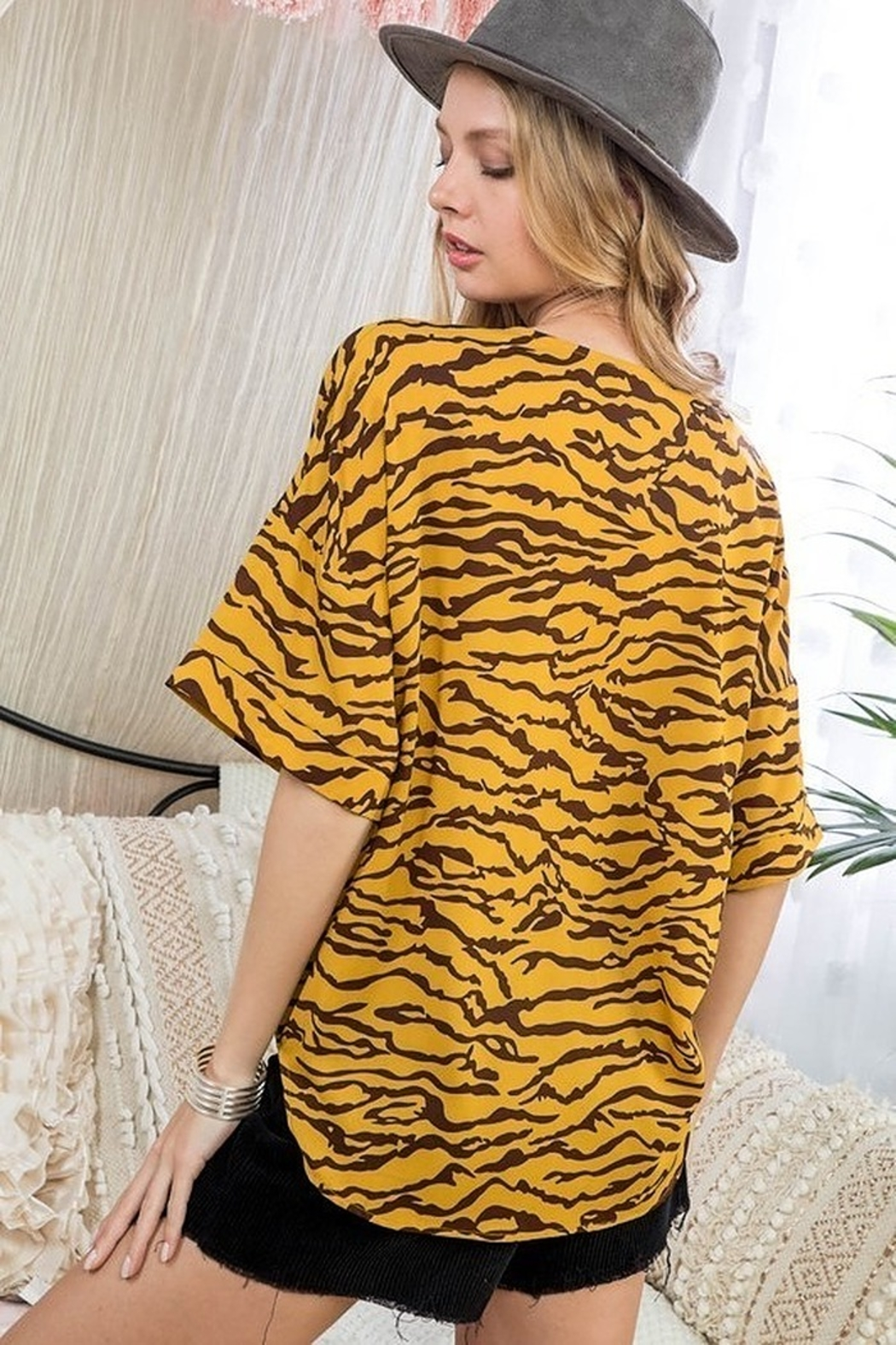 Main Strip Tiger Print Tie Front Top - Front Full Image
