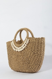 TIGERLILY Shell Straw Bag - Back cropped