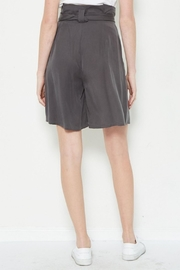 TIMELESS High Waist Shorts - Side cropped