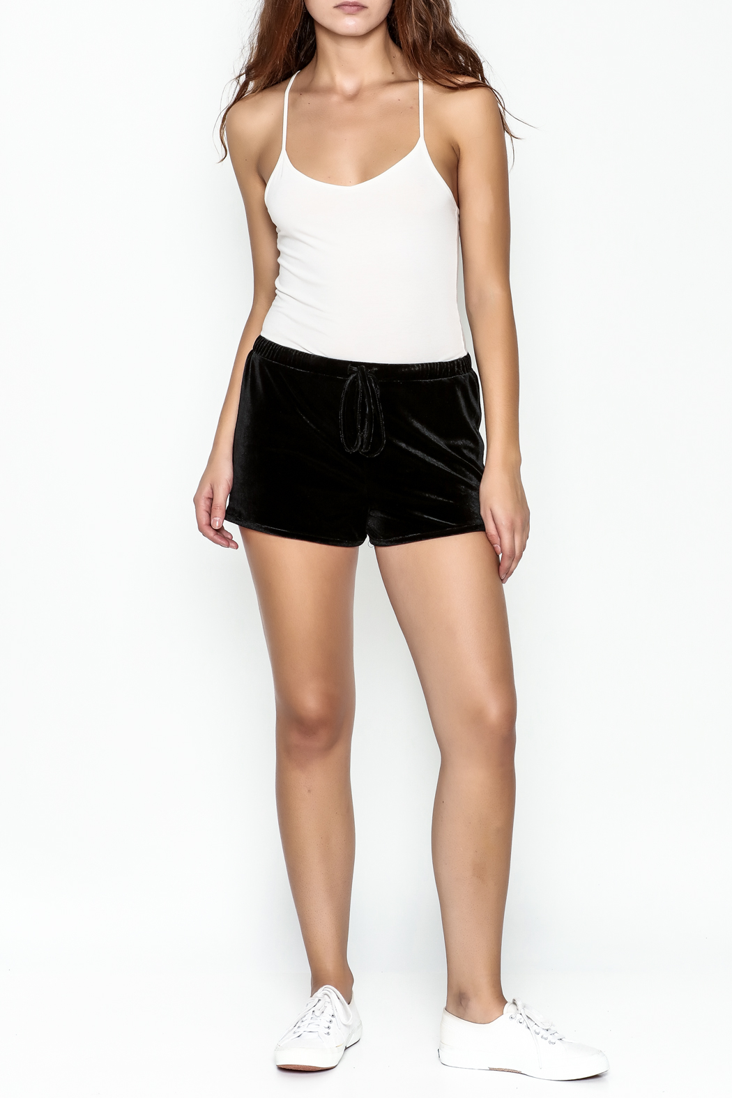 TIMELESS Maddy Shorts - Side Cropped Image