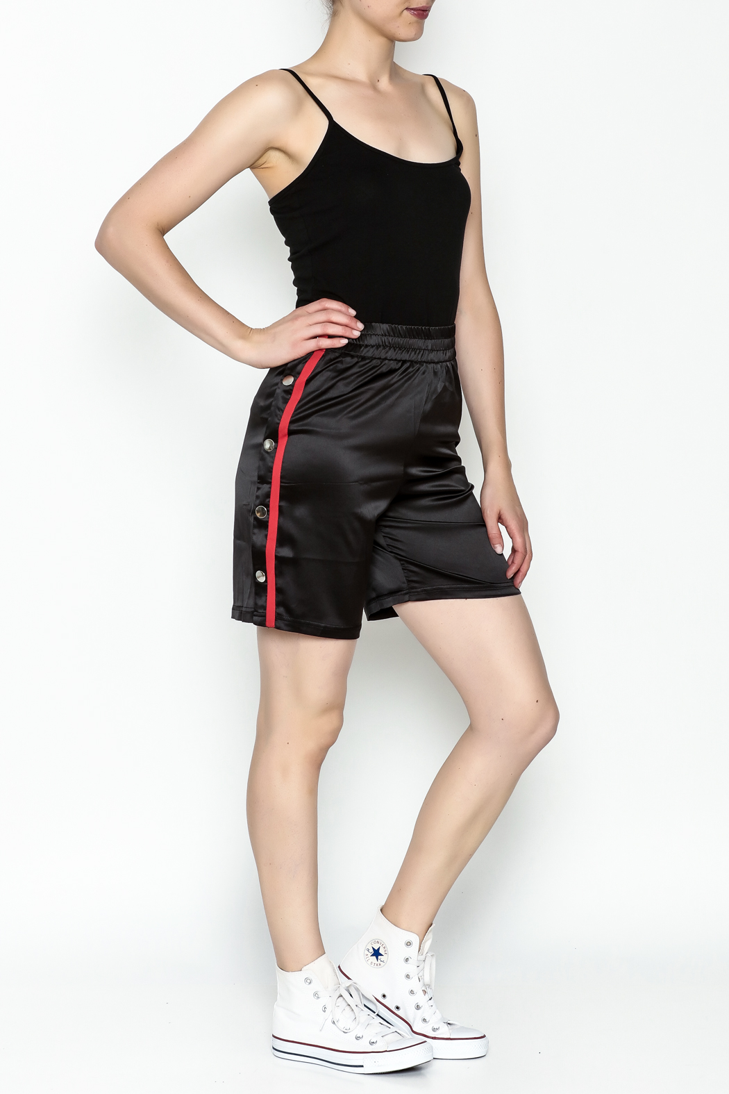 TIMELESS Snapped Track Shorts - Side Cropped Image