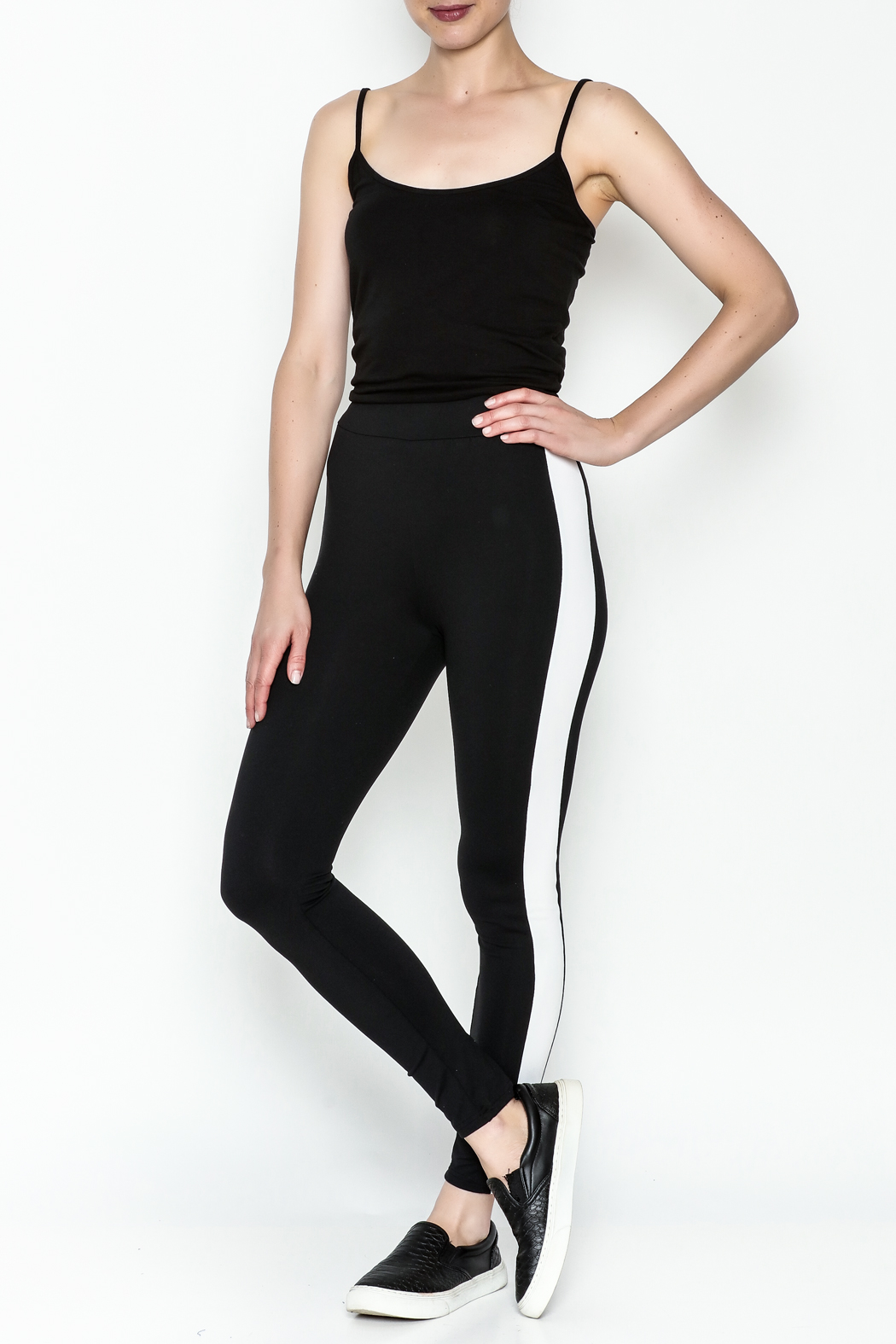 TIMELESS Sport Leggings - Side Cropped Image