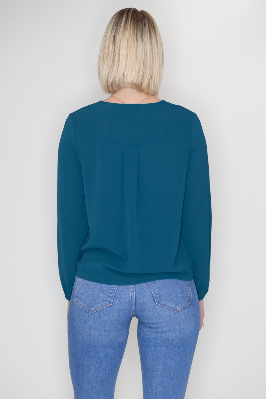Timing Lace-Up Grommet Top - Side Cropped Image