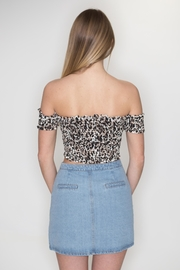 Timing Leopard Crop Top - Side cropped
