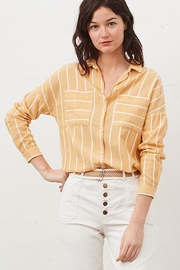 Tinsels Mirtha Pause Top In Soleil - Front cropped