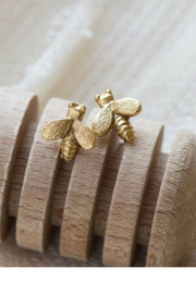 Amano Trading Tiny bee stud earrings - Front cropped