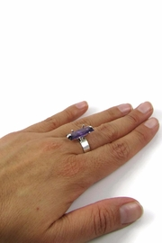Tis tiK Baguette Cocktail Ring - Side cropped