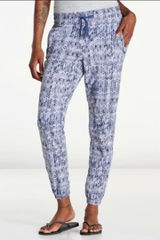 Toad & Co. Sunkissed Roll-Up Pant - Front cropped