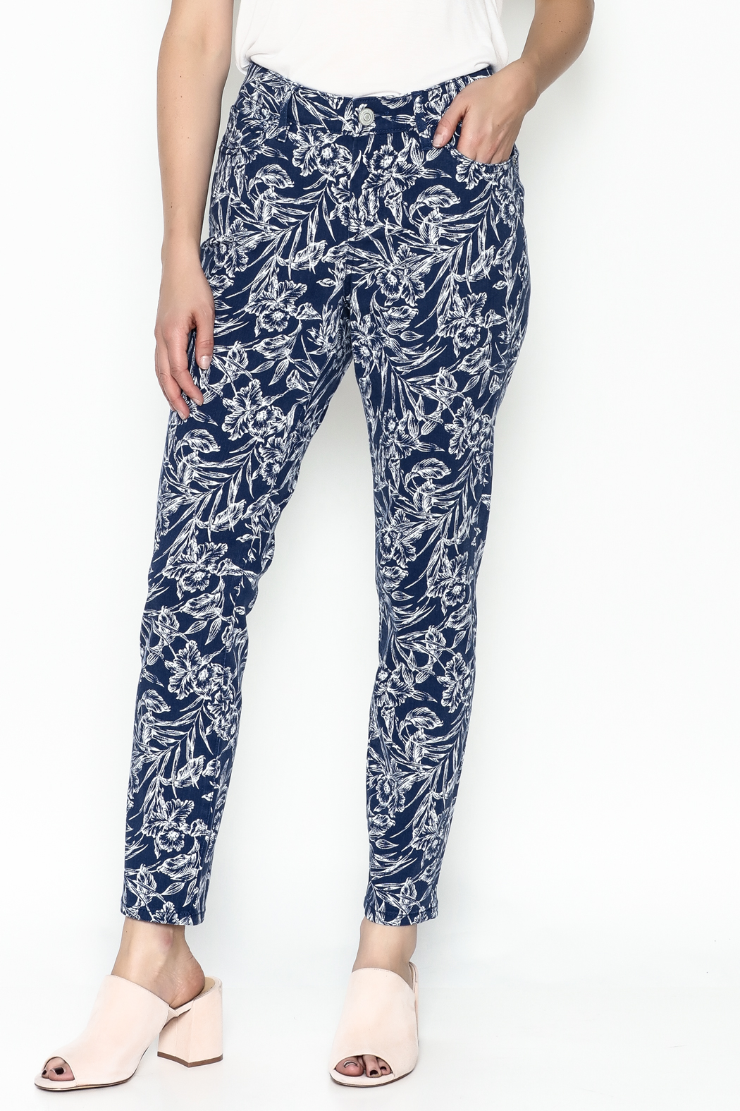 Tommy Bahama Hibiscus Print Jeans - Main Image