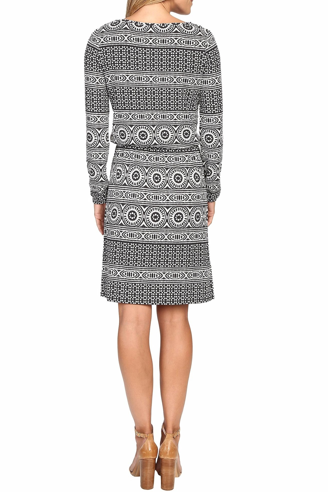 Tommy Bahama Geo Relief Short Dress - Side Cropped Image
