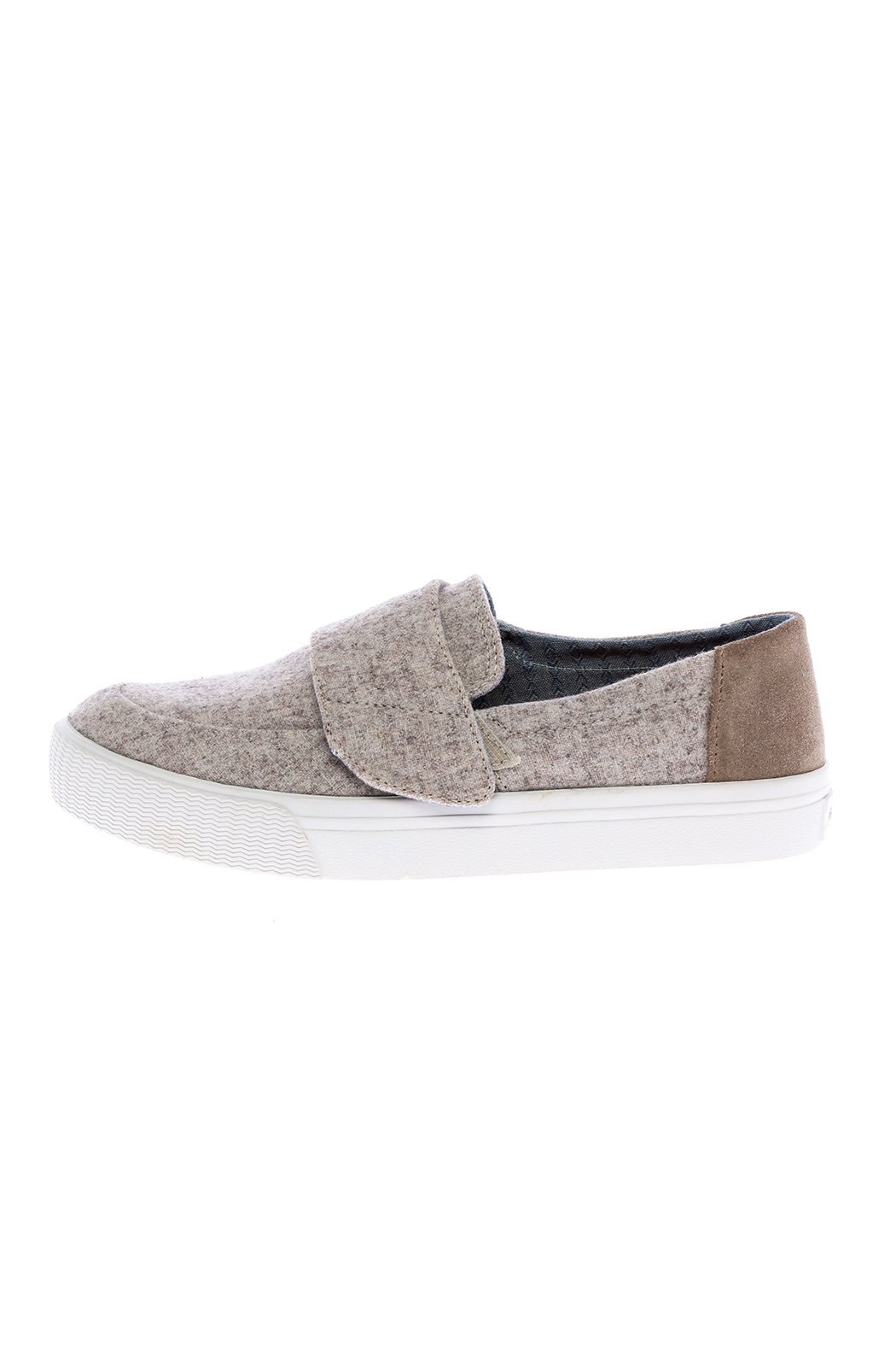 TOMS Altair Sneaker - Front Cropped Image