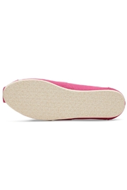 TOMS Pink Classic Toms - Side cropped