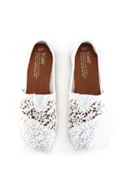 TOMS White Lace Shoe - Front full body