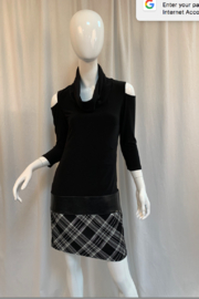 Joseph Ribkoff Top, Black/Silver - Product Mini Image