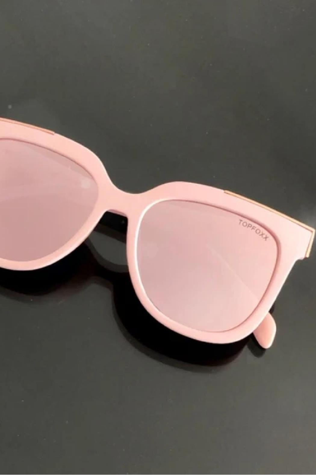 top Coco Sunglasses - Back Cropped Image