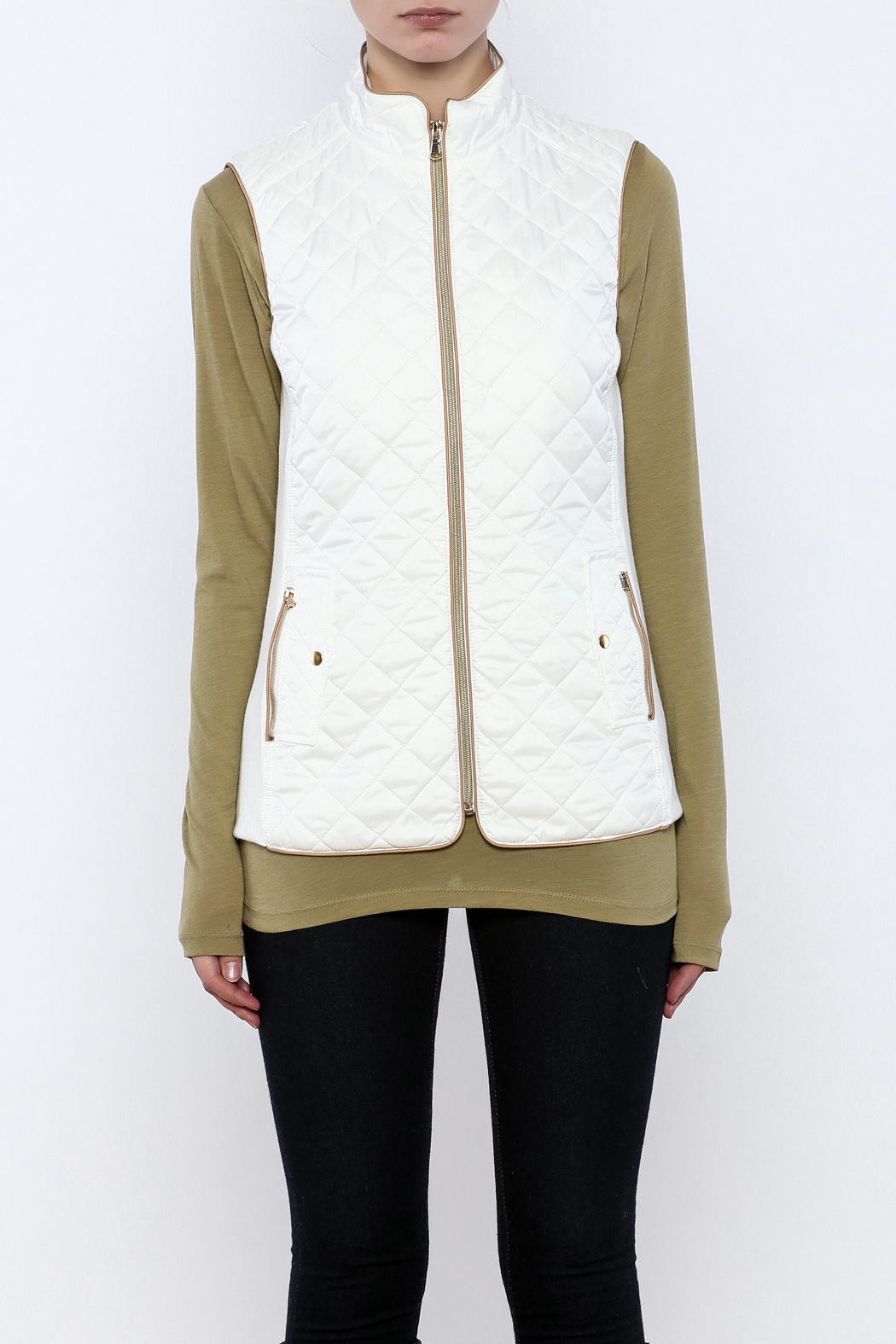 Top It Off Quilted Vest - Side Cropped Image