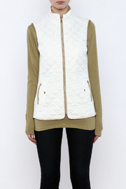Top It Off Quilted Vest - Side cropped