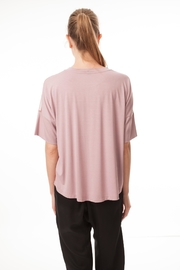 coragroppo Top Leo Glow - Side cropped