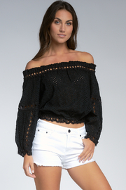 Elan  LACE TOP - Front cropped