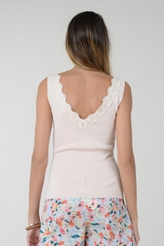 Molly Bracken TOP WITH FLOWER ACCENT - Back cropped