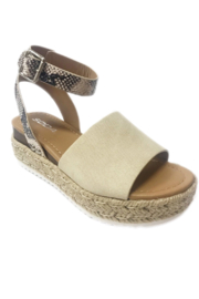 fortune dynamic Topic Sandal - Front cropped